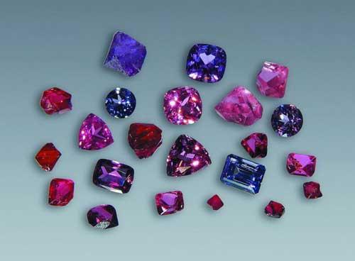 Шпинель: камень и его свойства, кому подходит по знаку зодиака, цвет и значение