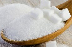 Рассыпать сахар на стол и на пол: значение приметы для мужчины и женщины