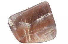 Описание камня селенит и магические свойства: значение для человека