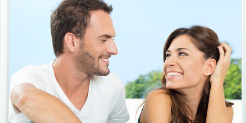 Как научиться флиртовать с мужчиной или женщиной?