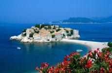 Где отдохнуть в июне на море?
