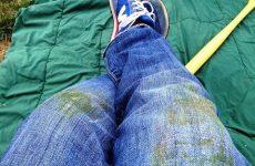 Чем и как вывести пятно от травы с джинс и прочей одежды?