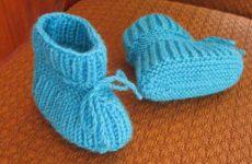 Пинетки для новорожденных на двух спицах: для начинающих и пошагово