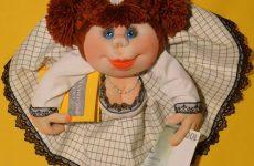 Как сделать куклу из капроновых колготок своими руками: поэтапно