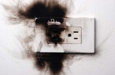 Как избавиться от запаха гари в микроволновке?