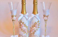 Красивое и декоративное оформление бутылок на свадьбу своими руками