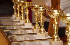 Шуточные и прикольные номинации для награждения сотрудников на корпоратив